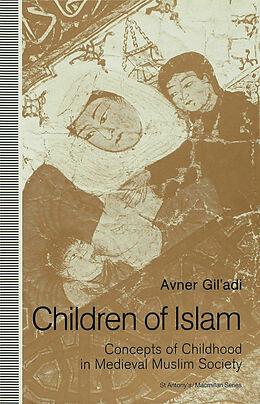 Cover: https://exlibris.azureedge.net/covers/9780/3335/5598/9/9780333555989xl.jpg