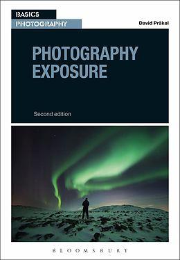 Cover: https://exlibris.azureedge.net/covers/9781/4742/5001/6/9781474250016xl.jpg