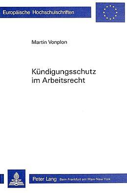 Cover: https://exlibris.azureedge.net/covers/9783/2610/3603/2/9783261036032xl.jpg