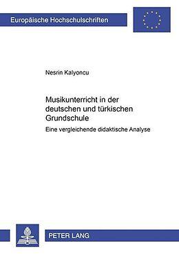 Cover: https://exlibris.azureedge.net/covers/9783/6313/9084/9/9783631390849xl.jpg