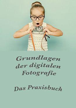 Cover: https://exlibris.azureedge.net/covers/9783/7380/5271/8/9783738052718xl.jpg